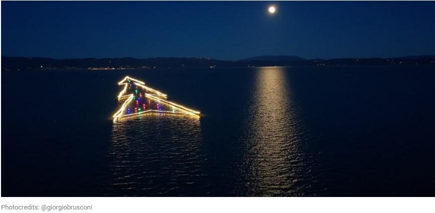 Albero Natale Lago Trasimeno